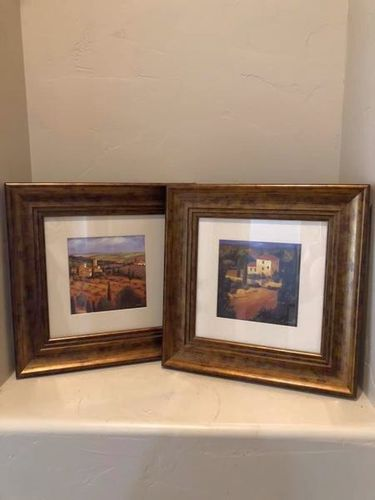 Set Of Two Beautiful Framed Pictures for sale in Santa Clara , UT