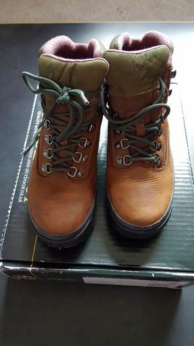 NEW, NEVER WORN, CABELA'S YOUTH RIMROCK HIKERS, SZ 5 for sale in Sandy , UT