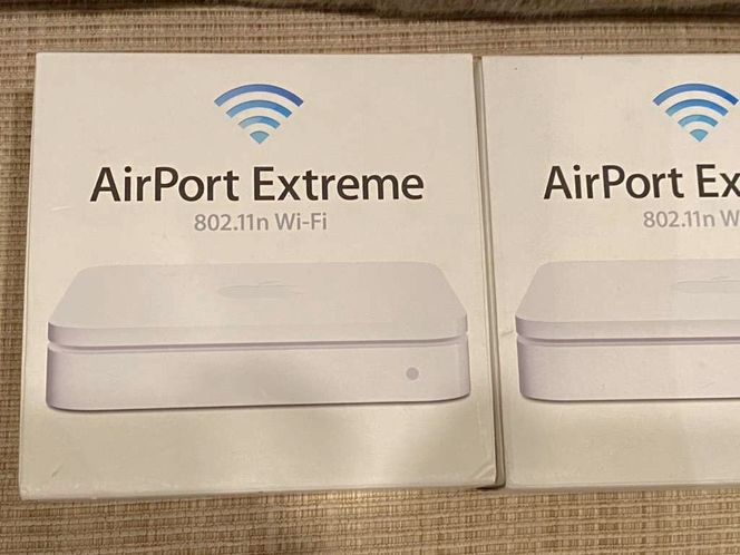 Apple Airport Extreme WiFi Router Base Station for sale in Park City , UT