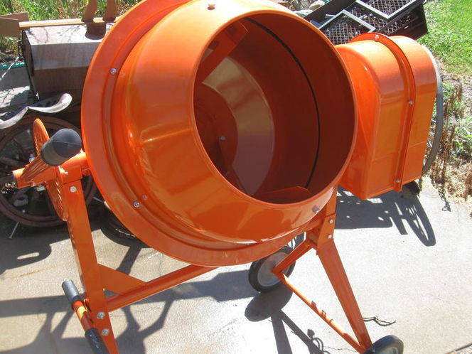 Concrete mixer or cement Mixer for rent in Layton , UT