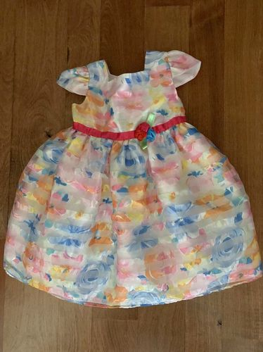 Girls Floral Dress Size 4T for sale in Riverton , UT