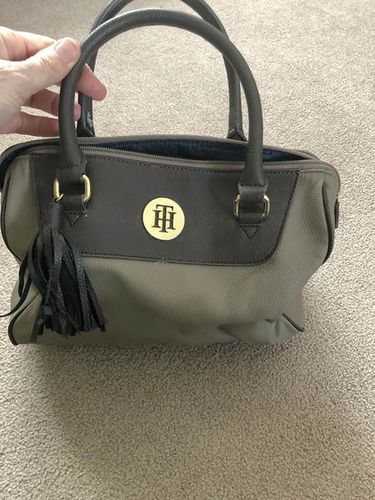 Tommy Hilfiger handbag [SWAG] for sale in Ogden , UT