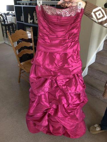 👠 Prom Dress Size 1/2 👠 for sale in Ogden , UT