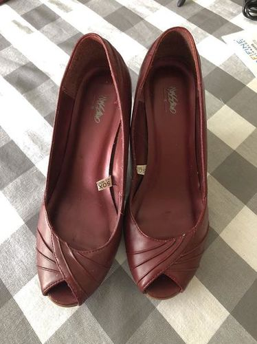 👠 Massimo Red Leather Heels  Size 8 👠  for sale in Ogden , UT