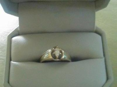 Marquis diamond Ring .25 kt