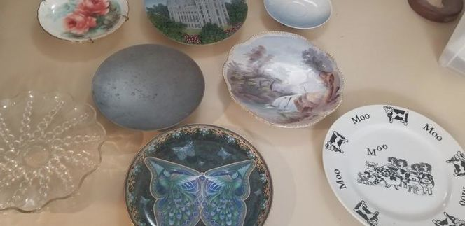 Collectible, Decorative Plates and Stands for sale in Layton , UT