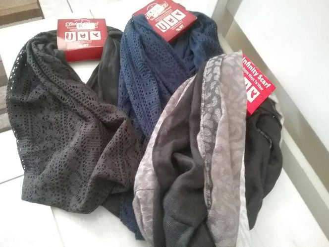 Women's scarf for sale in Provo , UT