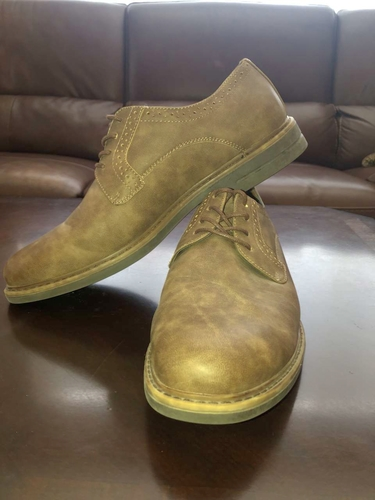 IZOD Men's 10M Shoes - Worn Once for sale in Holladay , UT