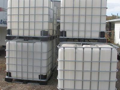 275 Gallon Food Grade Water Storage Tank