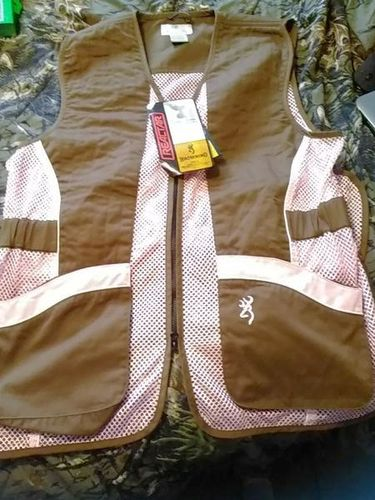 Browning Shooting Vest for sale in Sunset , UT