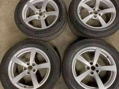 OEM Porsche Macan Wheels And Tires 5x112 18""