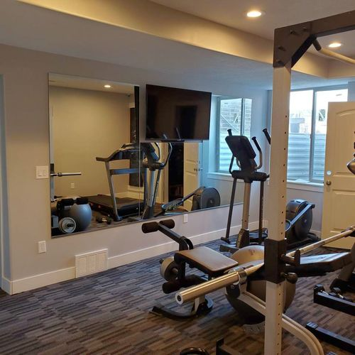 Gym / Home Mirrors installed  for sale in Layton , UT
