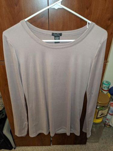 Long sleeve top for sale in South Ogden , UT