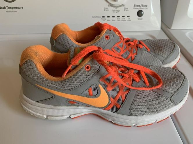 Nike Shoes Size 9.5 for sale in Herriman , UT