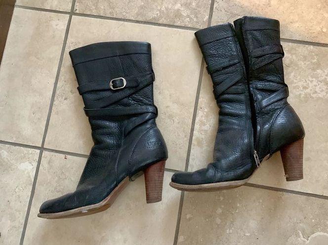 Ugg Boots Size 9.5 for sale in Herriman , UT
