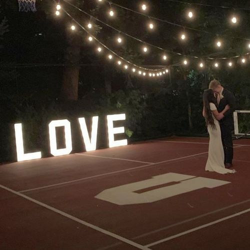 Marquee LOVE sign for rent in Eagle Mountain , UT