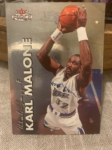 Six Karl Malone Basketball Cards for sale in Sandy , UT