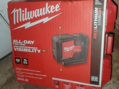 MILWAUKEE 150FT 3-POINT GREEN LASER LEVEL