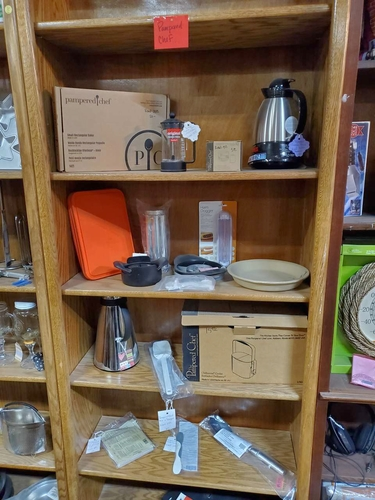 NEW PAMPERED CHEF & TUPPERWARE ITEMS - ***L0TS*** for sale in North Ogden , UT