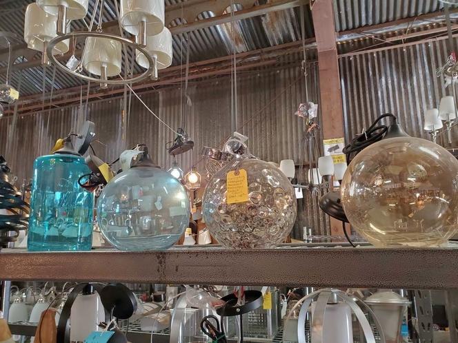 NEW GLASS PENDANT LIGHTS for sale in North Ogden , UT
