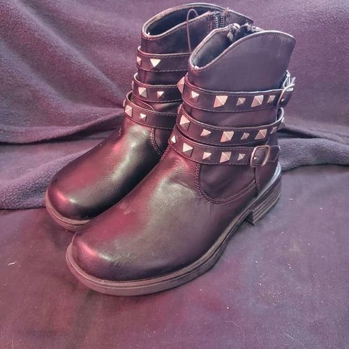 Black studd ankle boots size 13 for sale in Payson , UT