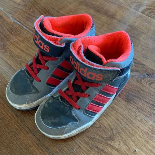 Adidas Kids High top Shoes Size 7 for sale in Riverton , UT