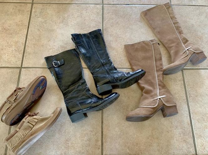 Women's Boots Size 8 And 8.5 for sale in Herriman , UT