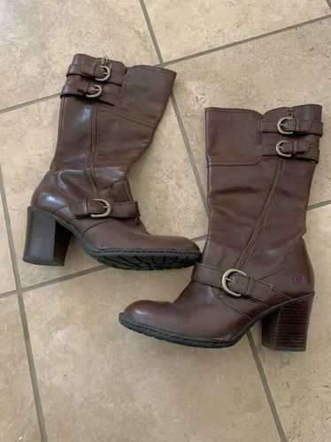 Born Brown Leather Boots Size 8.5 for sale in Herriman , UT