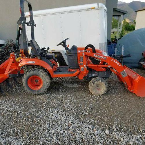 Rental.  Tractor  Kubota  for rent in Springville , UT