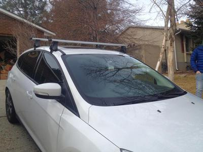 Thule Roof Rack with Aero Bars or standard square