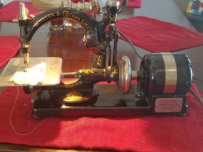 antique sewing machine *reduced price*