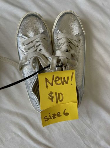 Girls Size 6 Shoes for sale in South Weber , UT