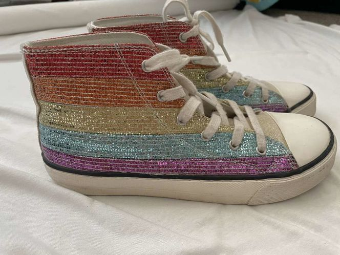 Rainbow Hightops Size 6 for sale in South Weber , UT