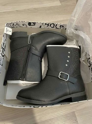 New Size 1 Boots for sale in South Weber , UT