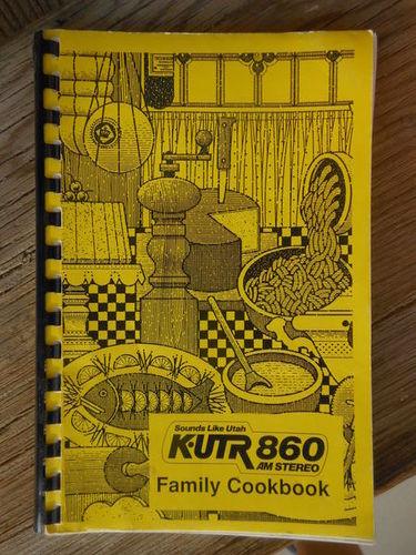 KUTR 860 Vintage Cookbook for sale in West Valley City , UT