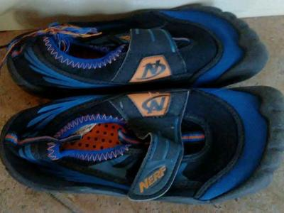 Child size 13/1 water shoes nerf