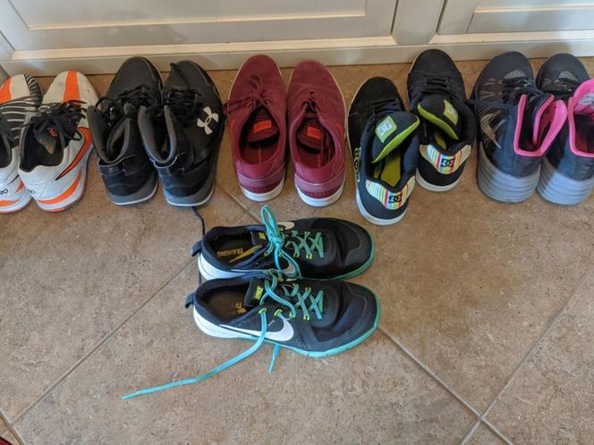 Nike Boys shoes size 8 and 9 for sale in Saratoga Springs , UT
