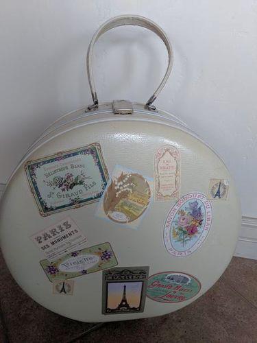 Vintage Round White Suitcase bag Paris  for sale in Saratoga Springs , UT