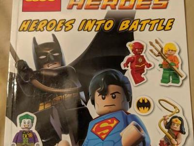 Ultimate Sticker Collection: LEGO DC Comics Super