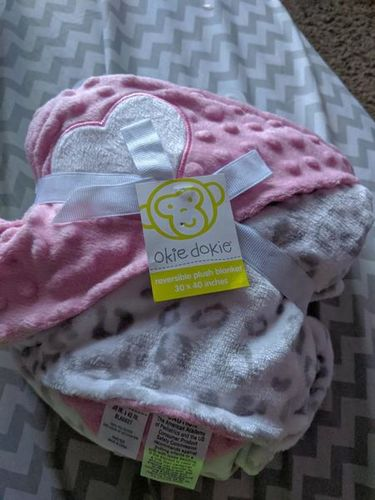 Okie Dokie Heart Leopard Baby Blanket Pink Gray for sale in Saratoga Springs , UT