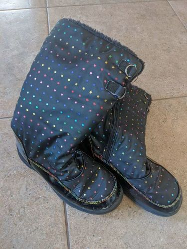 Girls size 3 winter boots for sale in Saratoga Springs , UT