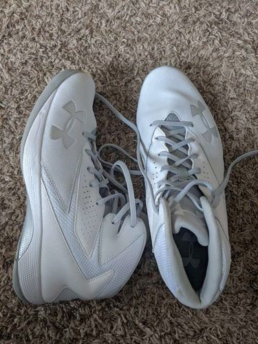 under armour lockdown white basketball shoes 10.5 for sale in Saratoga Springs , UT