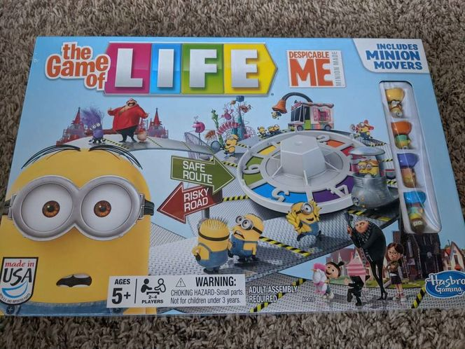 Despicable Me Minion The Game of Life Board 2-4 for sale in Saratoga Springs , UT