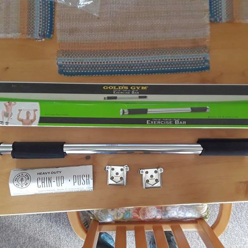 Gold's gym exercise bar NIB for sale in North Salt Lake , UT