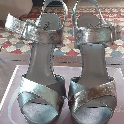 NIB women's size 8 heeled sandals  for sale in Ogden , UT