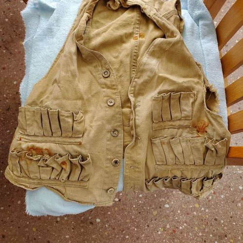 12 Ga. Hunting canvas vest for sale in Garland , UT