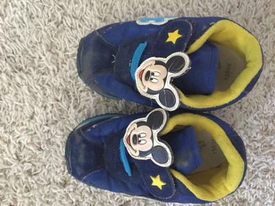 Boys Mickey Mouse shoes size 15.0 cm