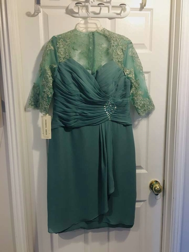 Women's Sheath short lace and chiffon fress and cover for sale in Roy , UT