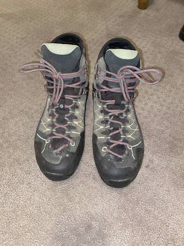 SALEWA ALP TRAINER MID GTX Boot Womens SZ 8 US for sale in Mapleton , UT