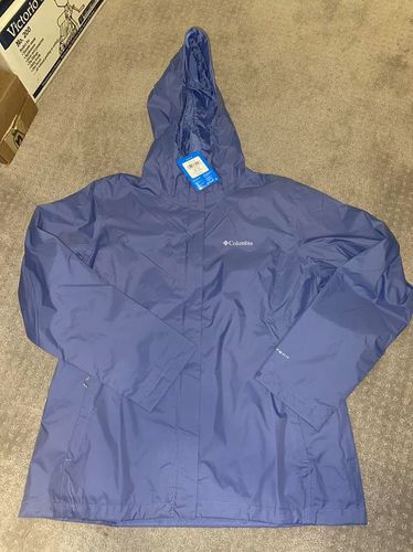 NEW Columbia OMNI-TECH womens XL Jacket for sale in Mapleton , UT